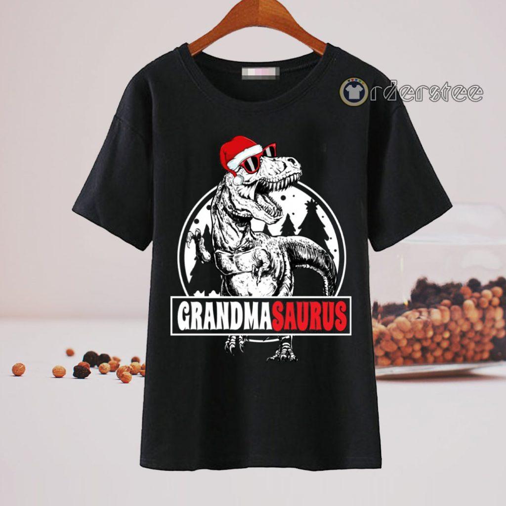 Grandmasaurus Dinosaurs Christmas T-Shirt