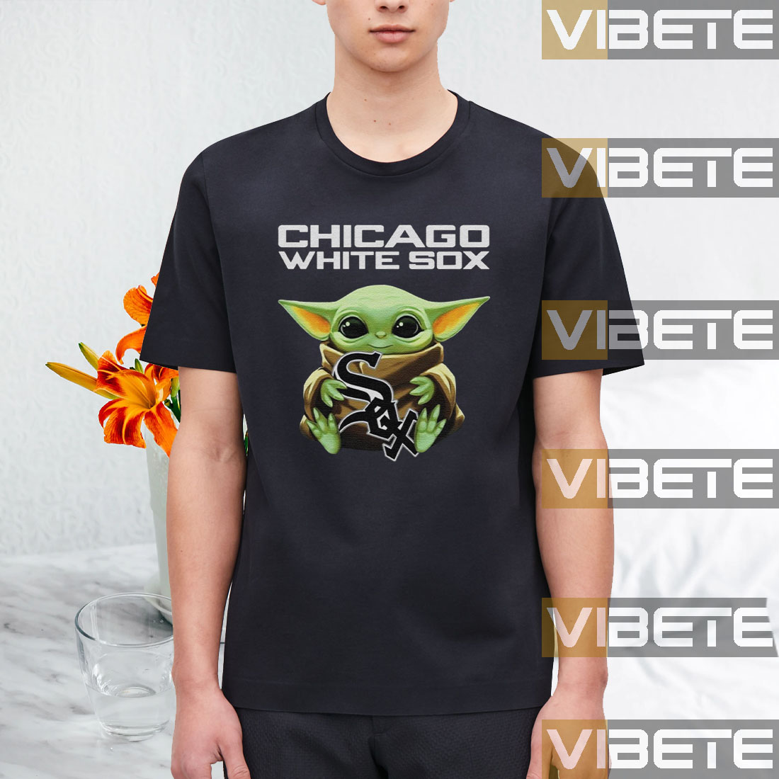 Baby Yoda Hug Chicago White Sox Logo T-Shirt